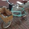 スタンドとカゴを改造したBrunoの自転車